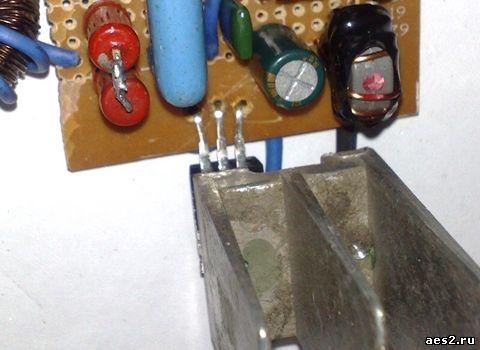 Цветомузыка на микроконтроллере своими руками