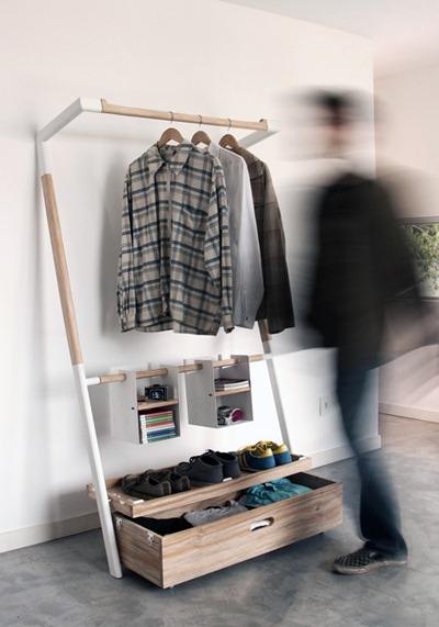 такой шкаф позволяет быстро одеться, потому что все под рукой и на виду