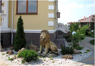 изготовление садовой скульптуры из бетона