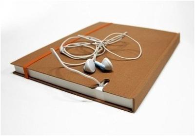 Записная книжка с нишей для телефона